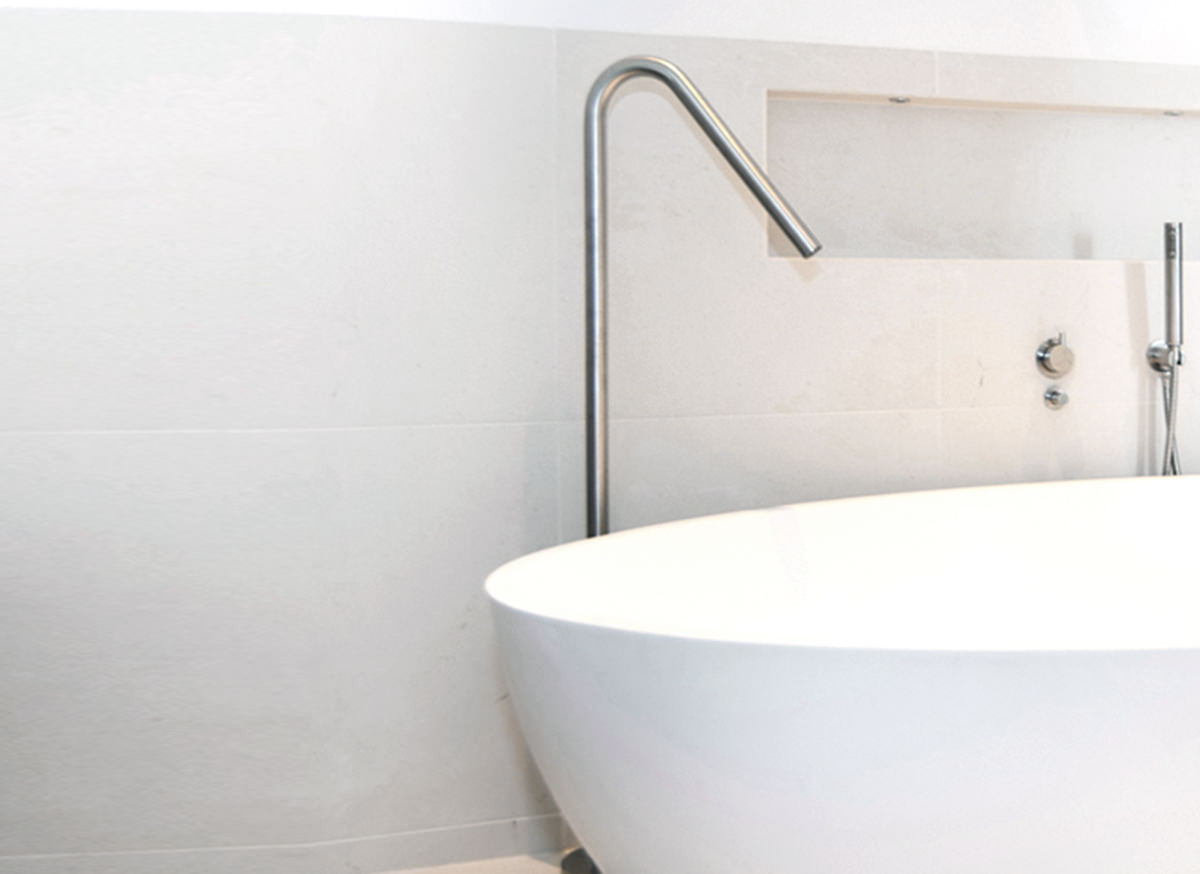 cocoon-floor-mounted-stainless-steel-faucet
