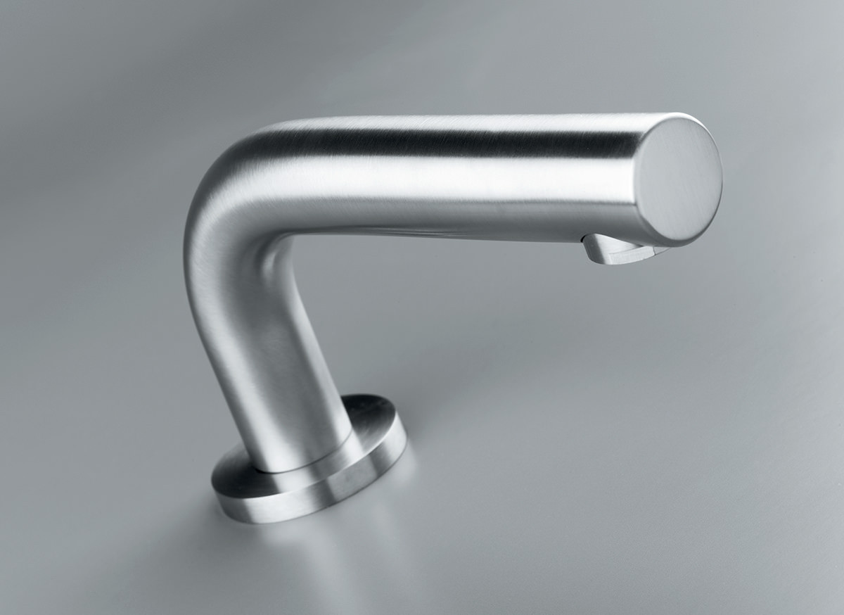 cocoon-inox-deck-mounted-basin-bath-spout
