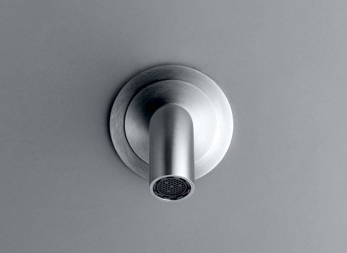 cocoon-mnl80-stainless-steel-faucet-spout-vola-111