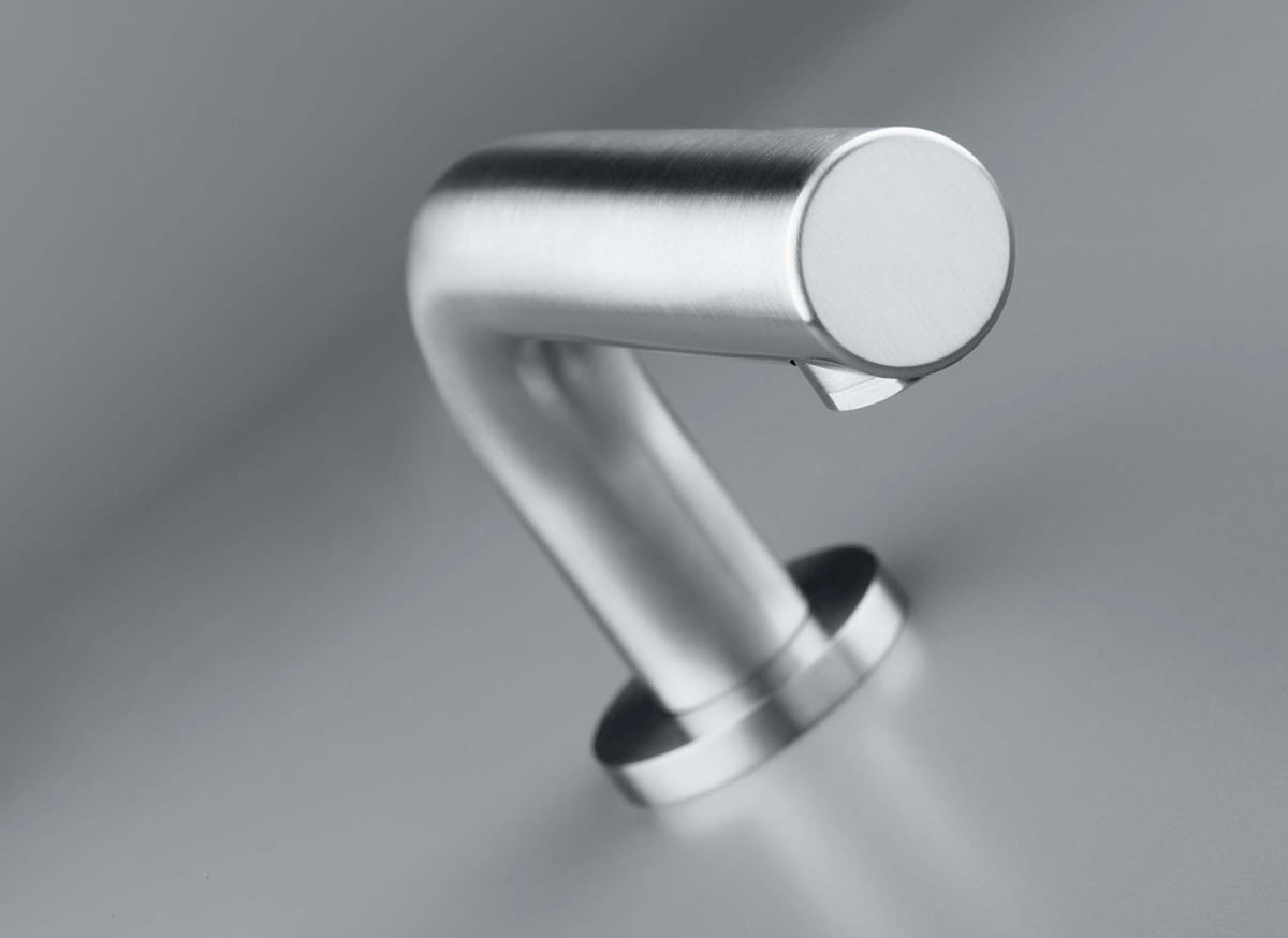 cocoon-mnl82-stainless-steel-faucet-spout-off-sheet
