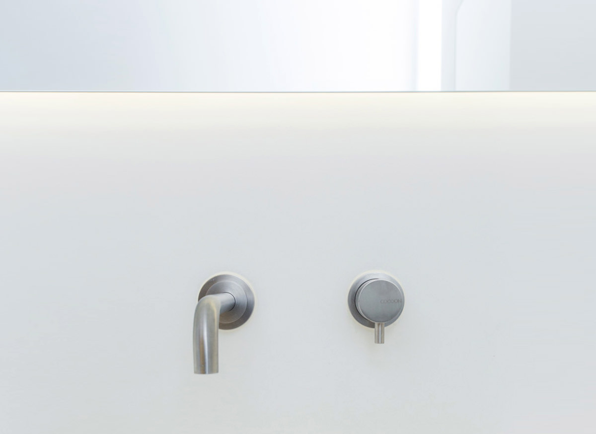 mnlset01-inox-wall-single-lever-basin-mixer-5