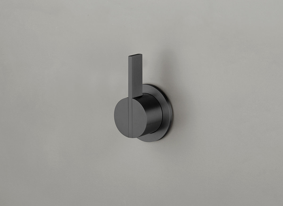 COCOON PB02 Wall mounted mixer with long lever - gunmetal black