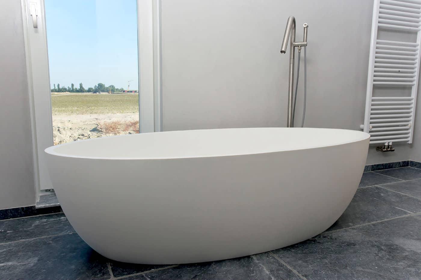 cocoon-freestanding-tub-solid-tub-large-tub-corian-tub-quartz-tub