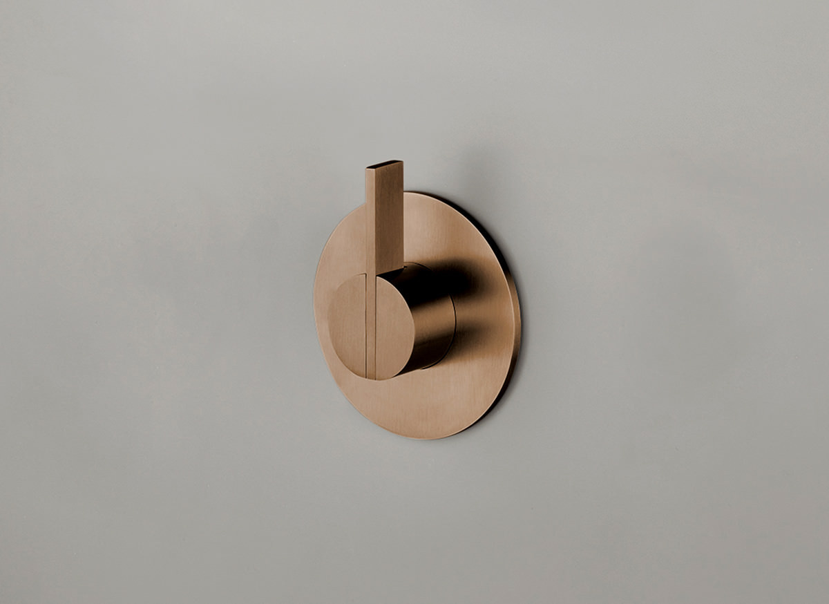COCOON PB03 Wall mounted mixer with long lever - raw copper