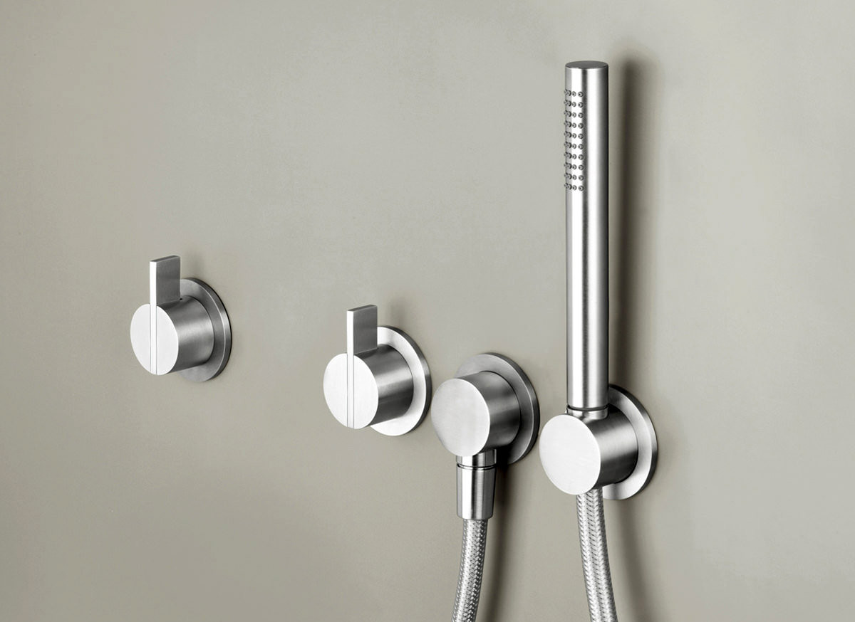 COCOON PB SET23 Wall mounted shower set - stainless steel