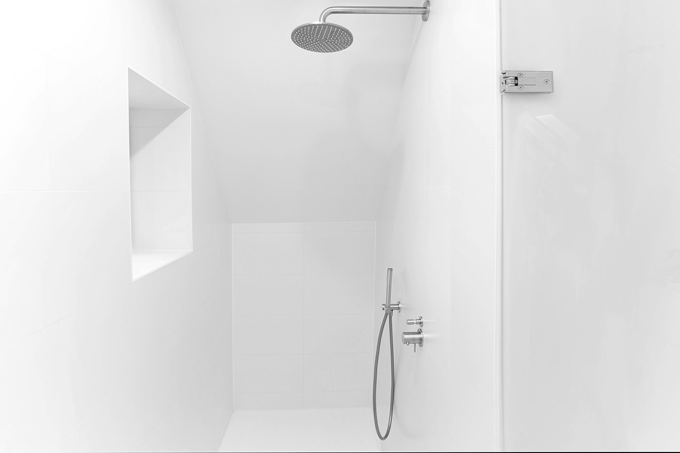 Cocoon-renovate-shower-room-small-shower-room-stainless-steel-shower-set-bathroom-renovation-products