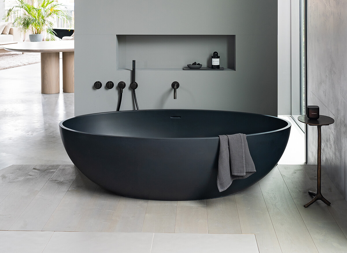 Cocoon atlantis free standing bathtub bycocoon for Free standing